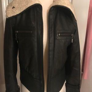 Faux leather jacket /w faux Sherpa collar,very cut